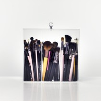 Brush Holder with Lid